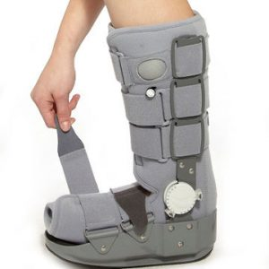 ROM hinge walker with rocking bottom height 15 amaris medical solutions